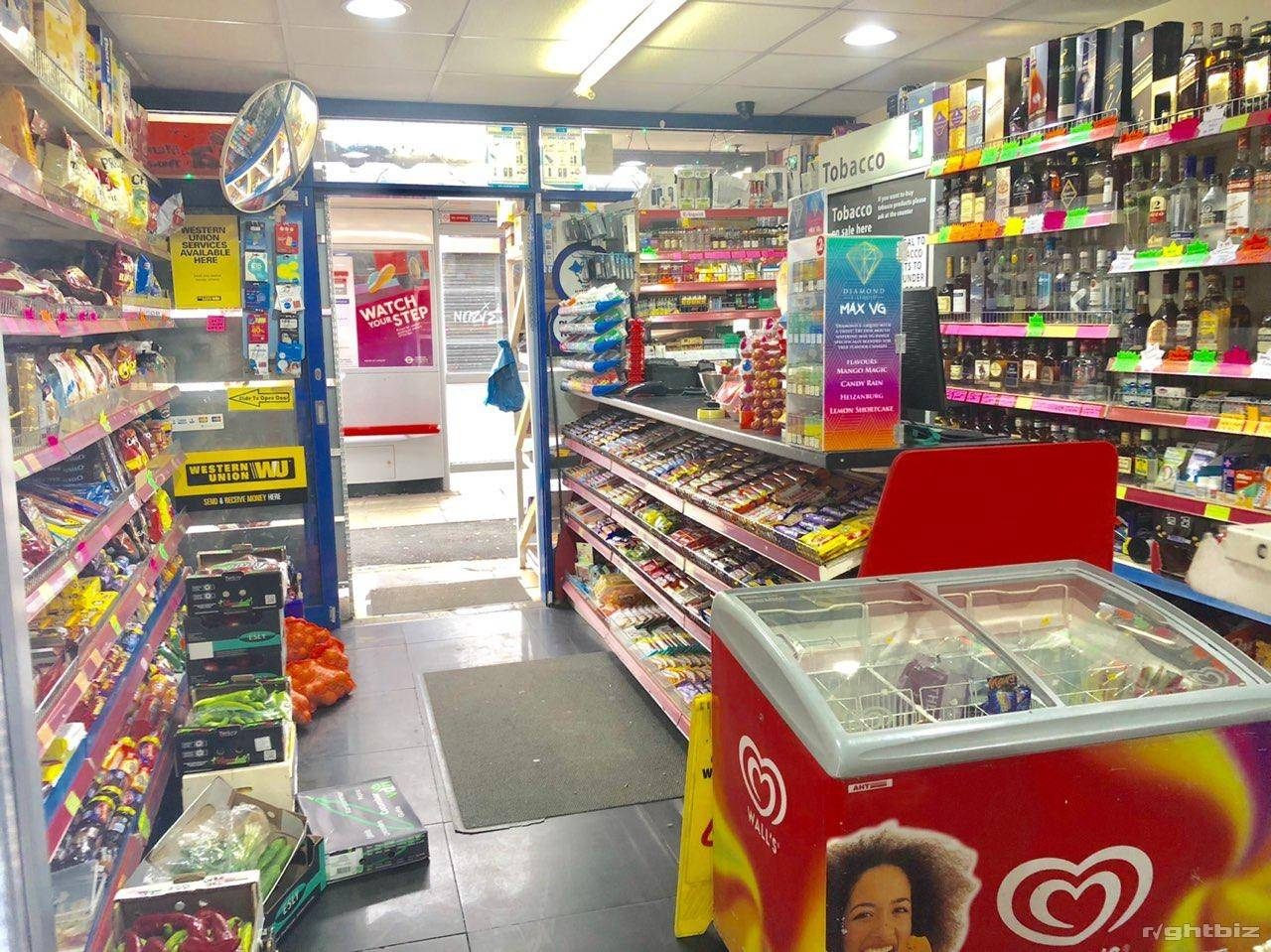 Off License & Grocery for Sale in Goodmayes Ilford IG3 9UN - Image 1