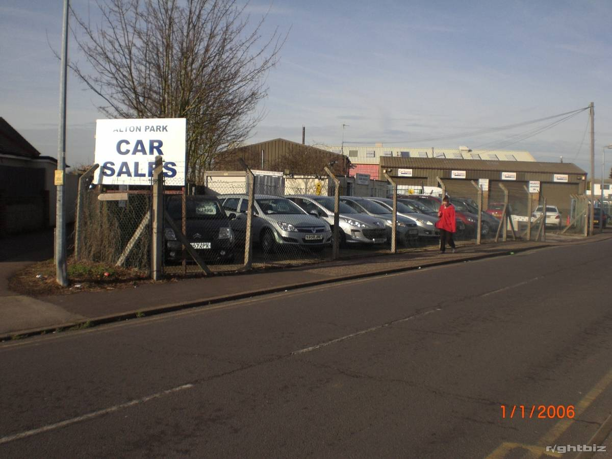 Car sales pitch, holds 25 plus cars, busy location, lucrative small site, high turnover. - Image 1