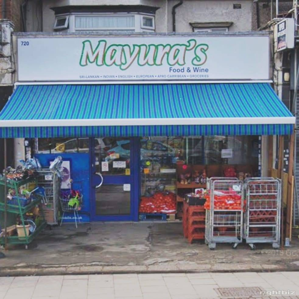 Well Established Off Licence & Grocery Shop in Prime Location With Accommodation - Image 1