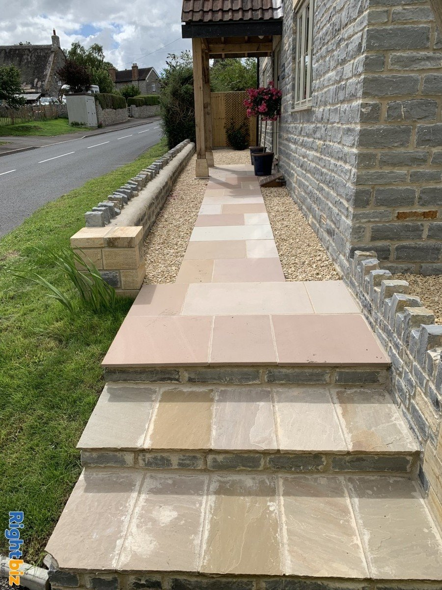 Somerset Landscaping business included with website and advertising all done !!! - Image 1