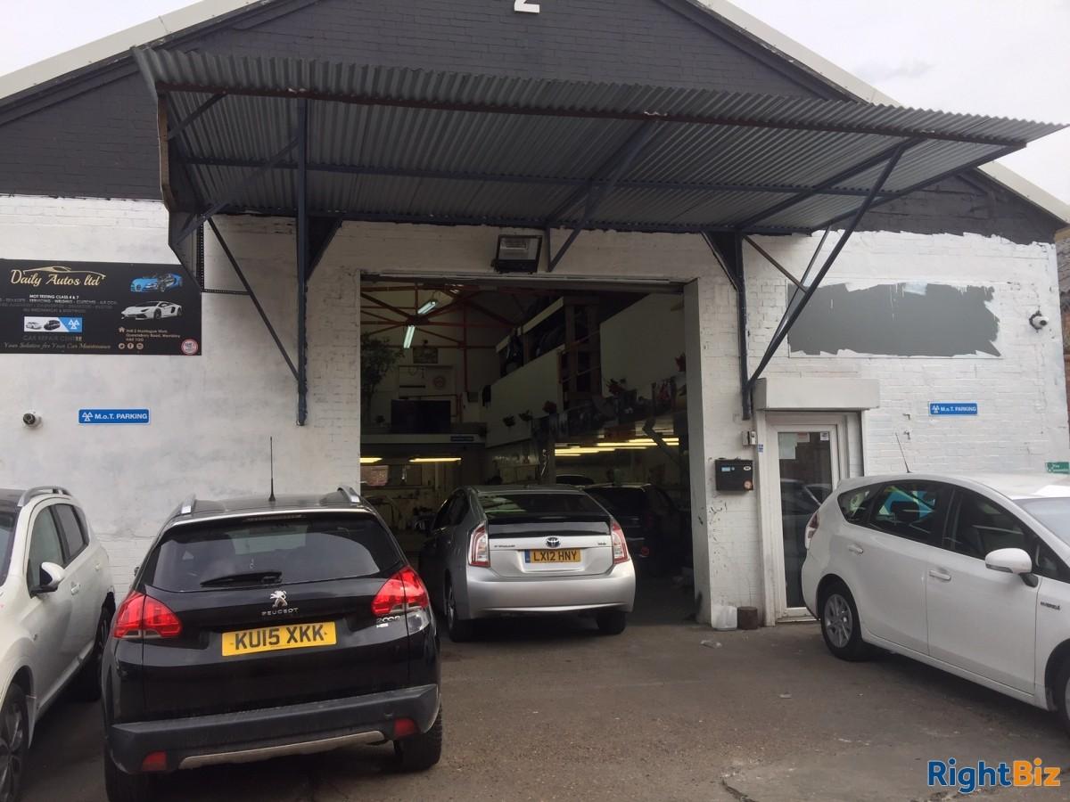 MOT, Vehicle Repair and bodywork Center to Rent - Image 1