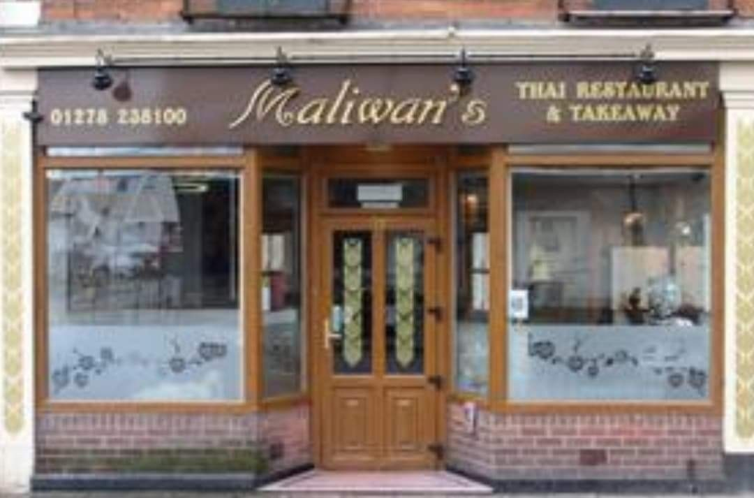 FULLY LICENSED THAI RESTAURANT WITH PRIVATE APARTMENT IN BRIDGWATER TOWN CENTRE - Image 1