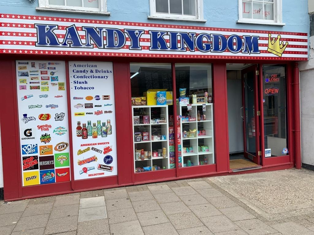 Newsagent American sweetshop in Chelmsford centre - Image 1