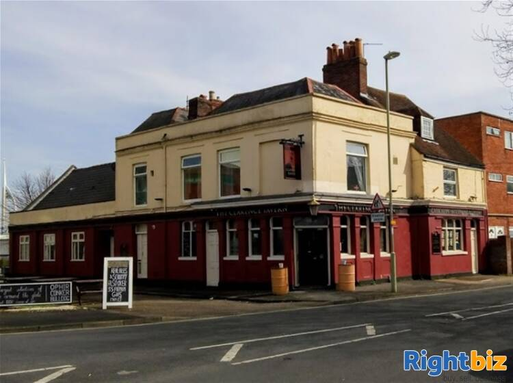 POPULAR PUBLIC HOUSE & FUNCTION VENUE WITH ROOMS IN HAMPSHIRE - Image 1
