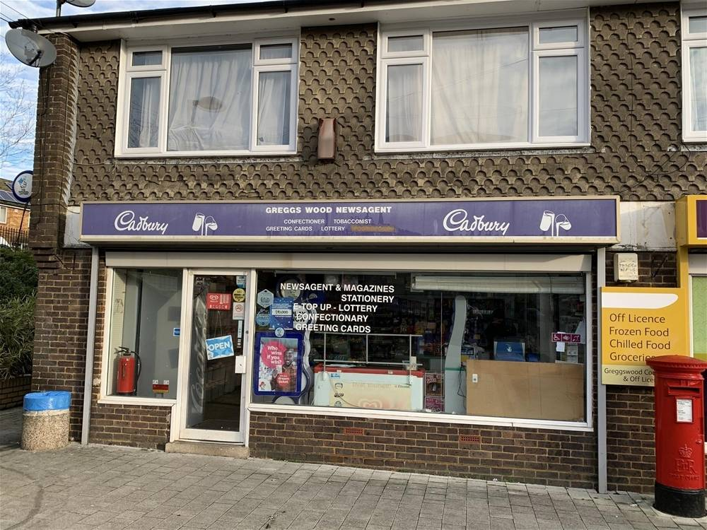 FREEHOLD NEWSAGENT & STATIONERS WITH PRIVATE APARTMENT IN TUNBRIDGE WELLS - Image 1