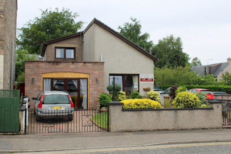 Modern Bed & Breakfast set in the City of Inverness - Image 1