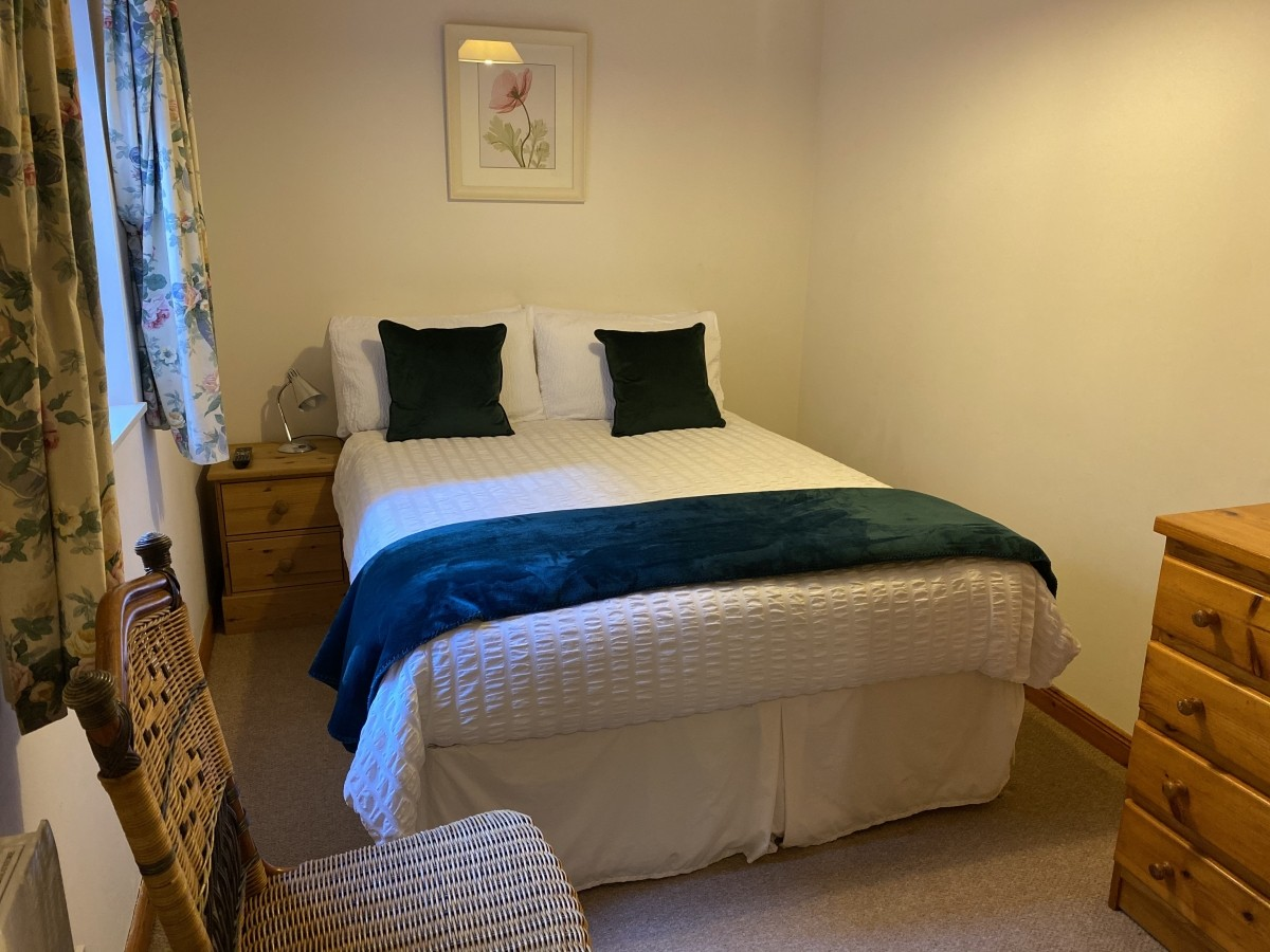 Guest House in the heart of Banchory with Airbnb Opportunity - Image 1