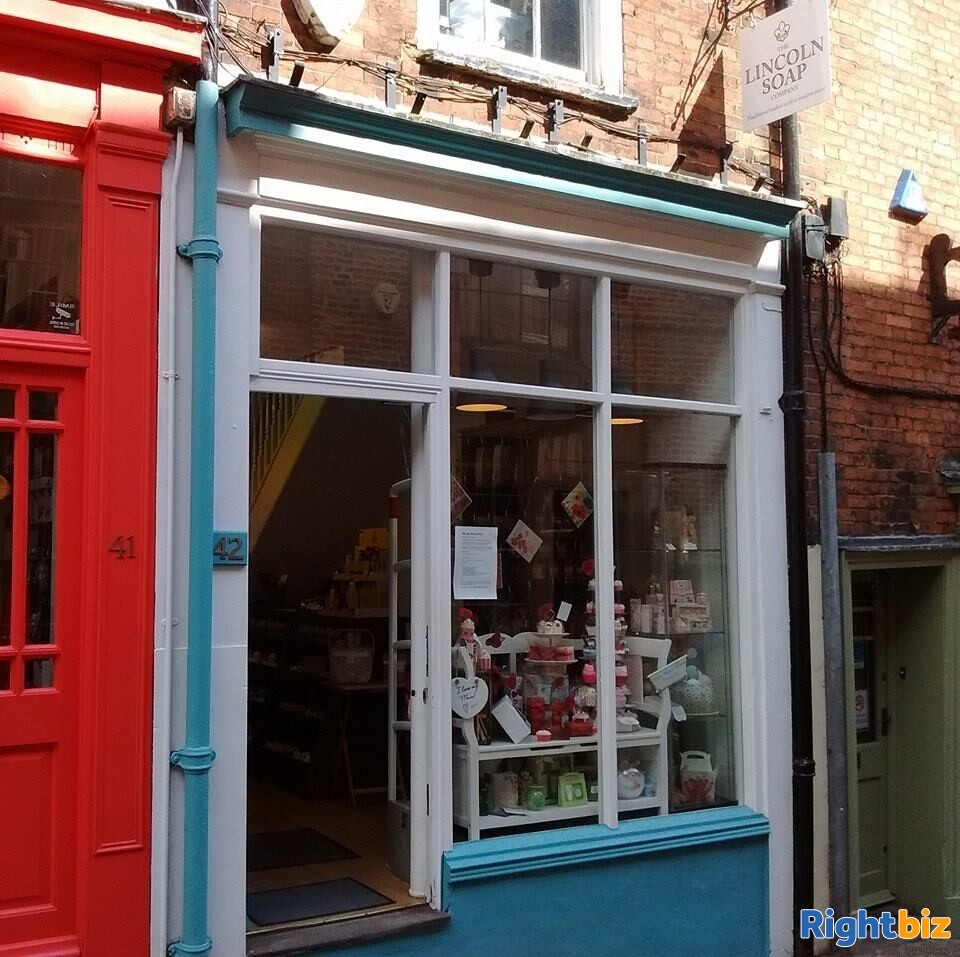 Prime Location Leasehold Retail Unit - Steep Hill Lincoln - Image 1