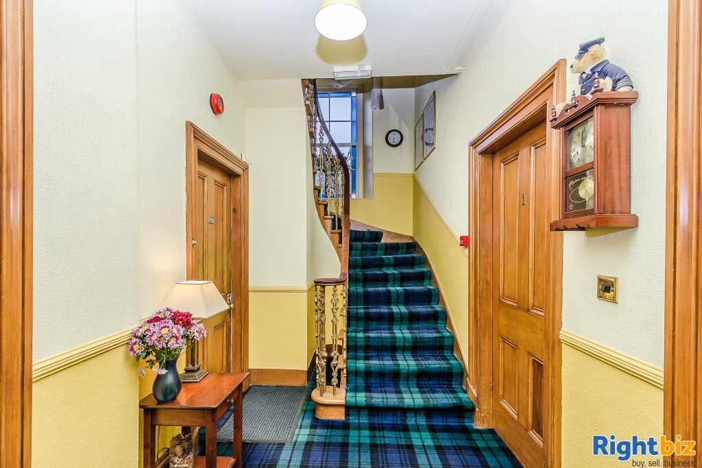 Charming Victorian Guest House for Sale in the Heart of the thriving tourist town of Oban - Image 1