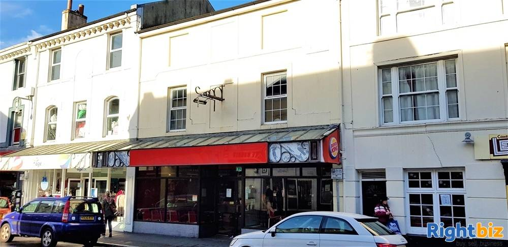 Prominent Former Restaurant &Takeaway Premises For Sale in Newton Abbot - Image 1