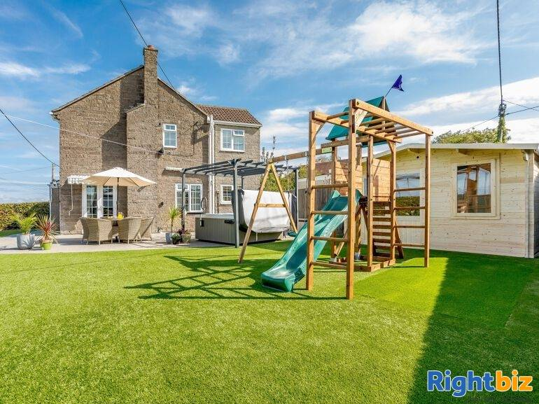 Beautiful Holiday Let Property in Wiltshire - Image 1