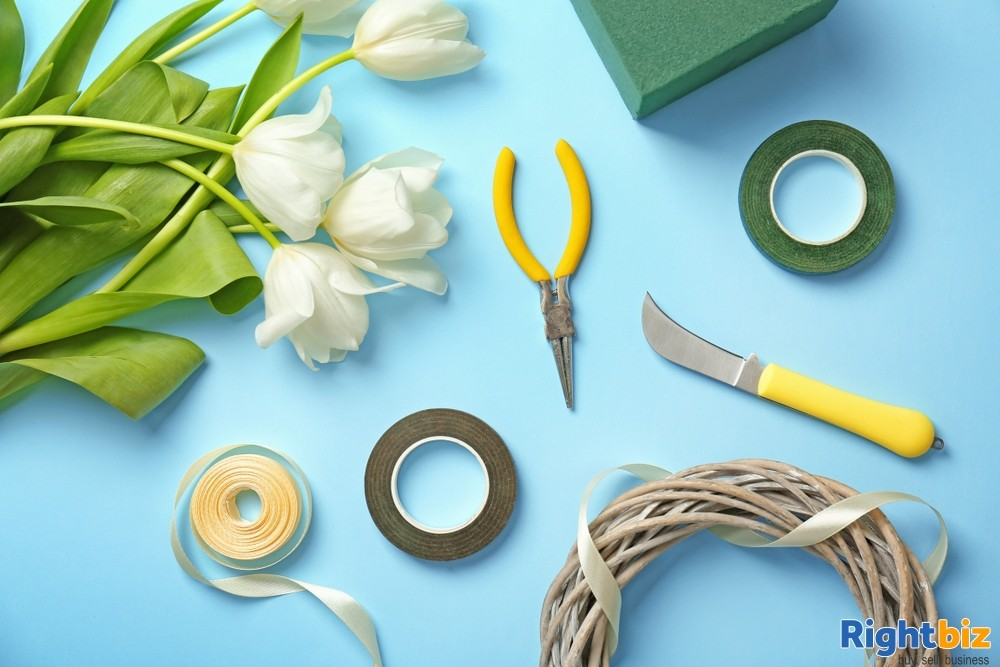 Online Floristry Accessories Retailer, Can be Managed by One Person, Relocatable - Image 1