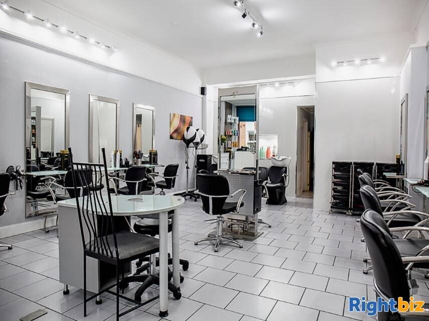 Stunning Well Established Hair Salon in Great Location in Glasgow's South Side - Image 1