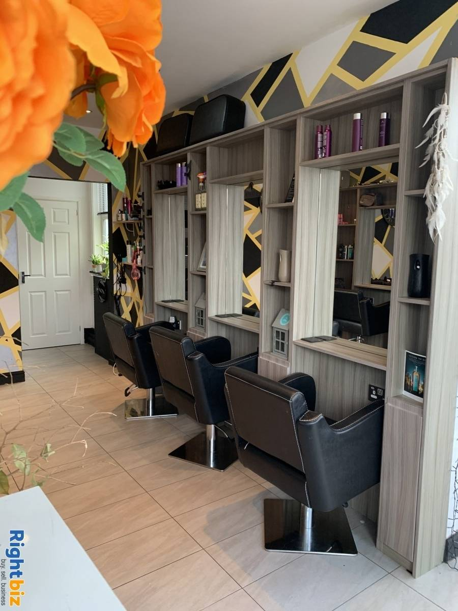 Leasehold Birkdale Hair salon - Image 1