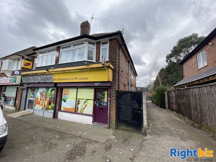Freehold Commercial Investment Property in Daybrook Nottingham NG5 6AS *Fantastic Location* - Image 1