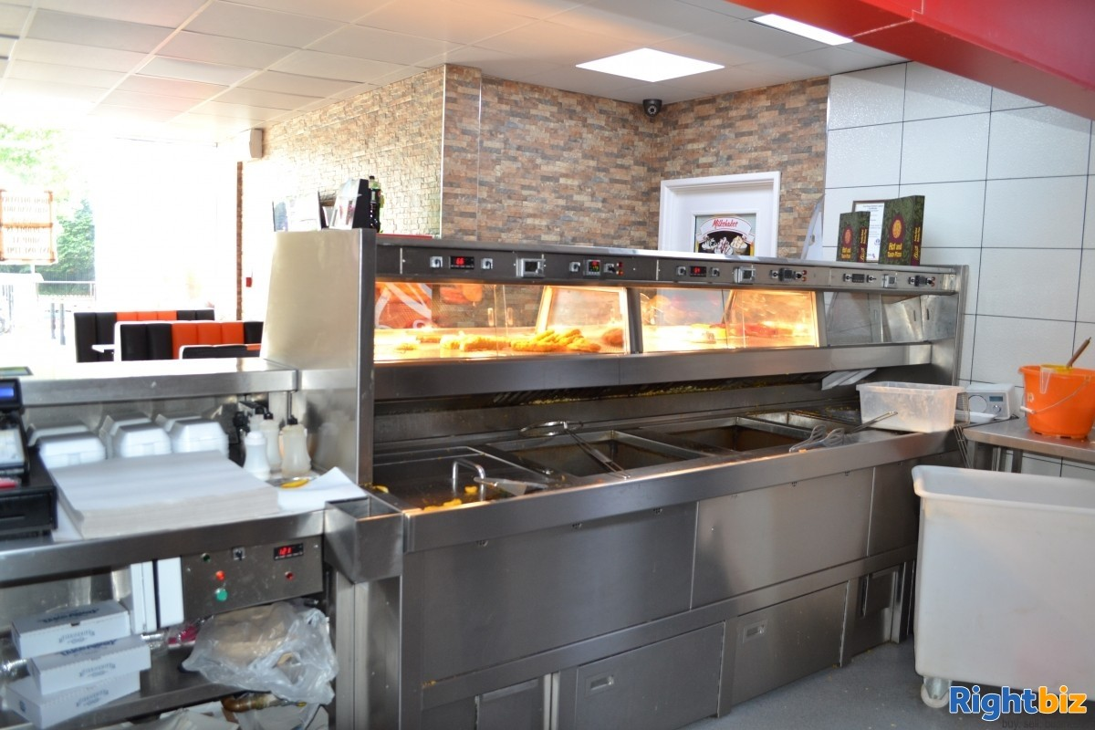 £7,000 + Per Week Fish and Chip Shop, prime location - Image 1