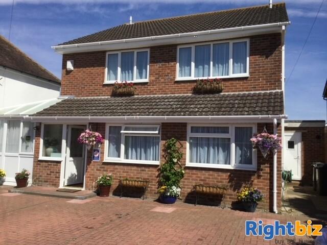 Modern Easily Managed Coastal Guest House - Lee-on-Solent - Image 1