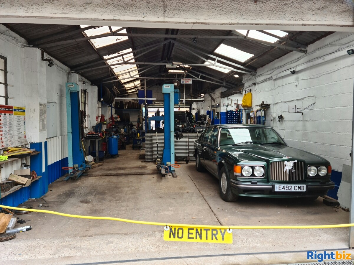 LARGE INDUSTRIAL UNIT & SITE. WITH PLANNING POTENTIAL. GARAGE / MOT CENTRE WITH OWNER ACCOMODATION - Image 1