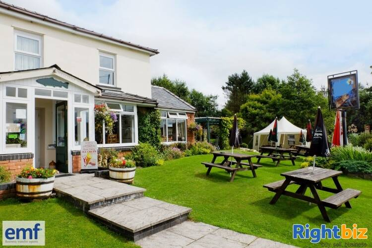 SUPERB INN WITH LETTING & OWNERS ROOMS, BEAUTIFUL POWYS LOCATION - Image 1