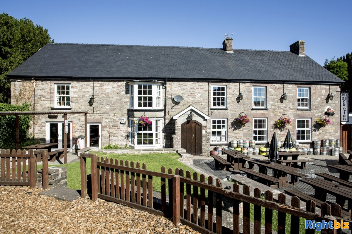POWYS - CHARACTER STONE BUILT PUBLIC HOUSE IN POPULAR CANALSIDE VILLAGE IN THE HEART OF THE BREACON - Image 1