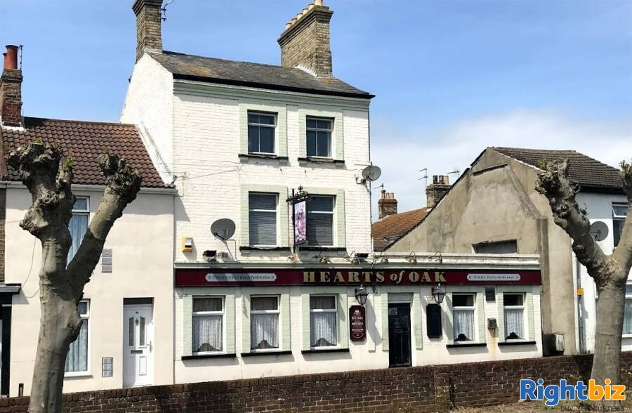 SUFFOLK - TOWN CENTRE PUB IDEAL FOR CONVERSION STPP - Image 1