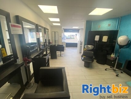 Freehold Hair Salon with Excellent Reputation in Bo'ness - Image 1