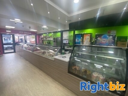 Very Popular Ice Cream and Desserts Cafe Takeaway Whitburn - Image 1