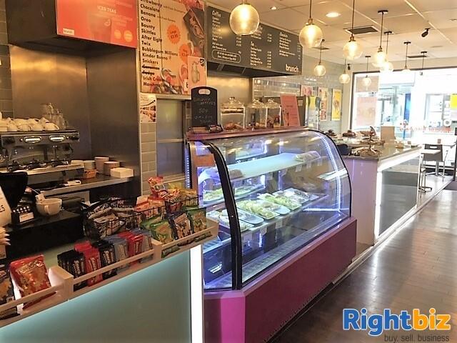LEASEHOLD  DAYTIME CAFÉ/RESTAURANT - Image 1