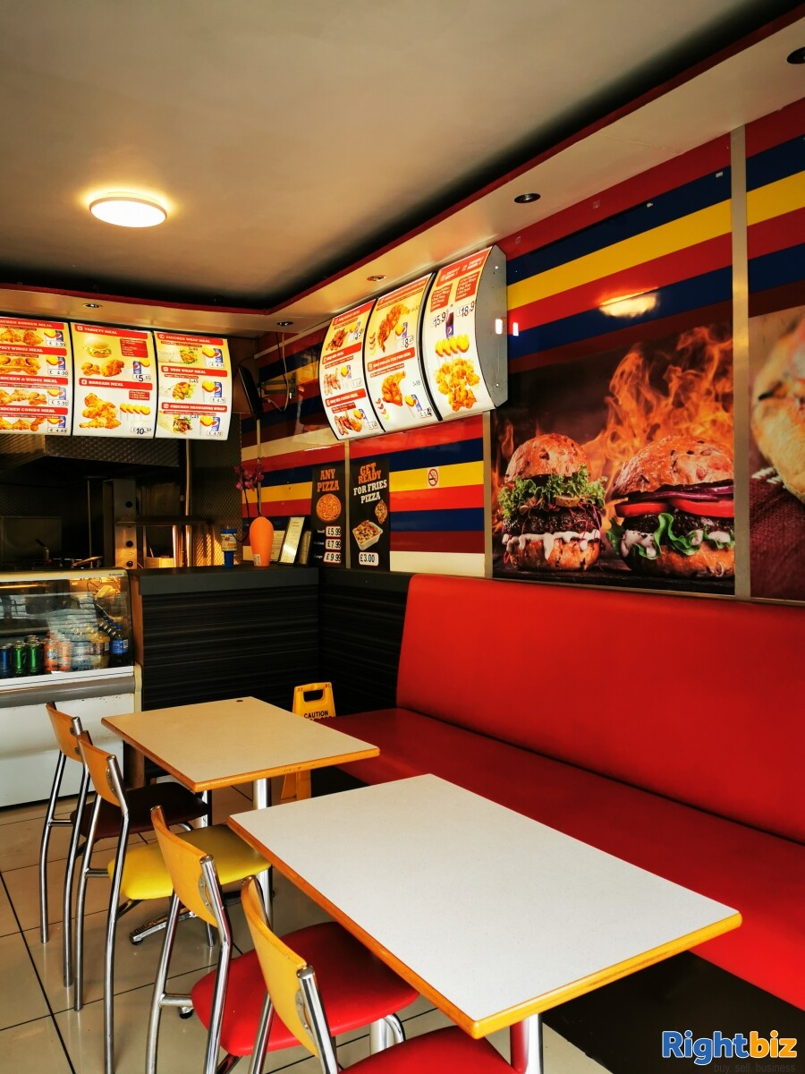 Chicken and pizza shop for sale - Image 1