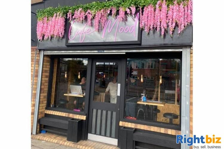 Popular Restaurant & Bar - Liverpool - Image 1