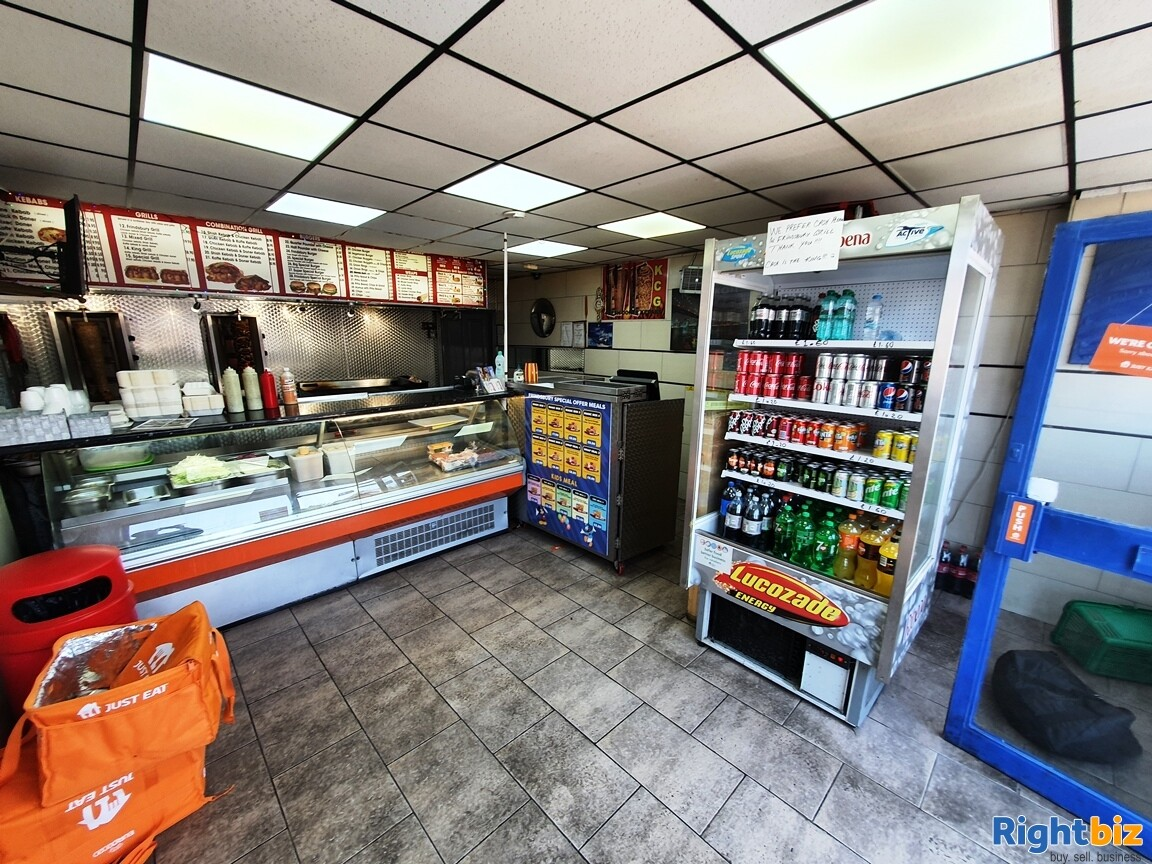 KEBAB – FASTFOOD A5 TAKEAWAY WITH ACCOMMODATION - TURNOVER £5,000 PER WEEK - Image 1
