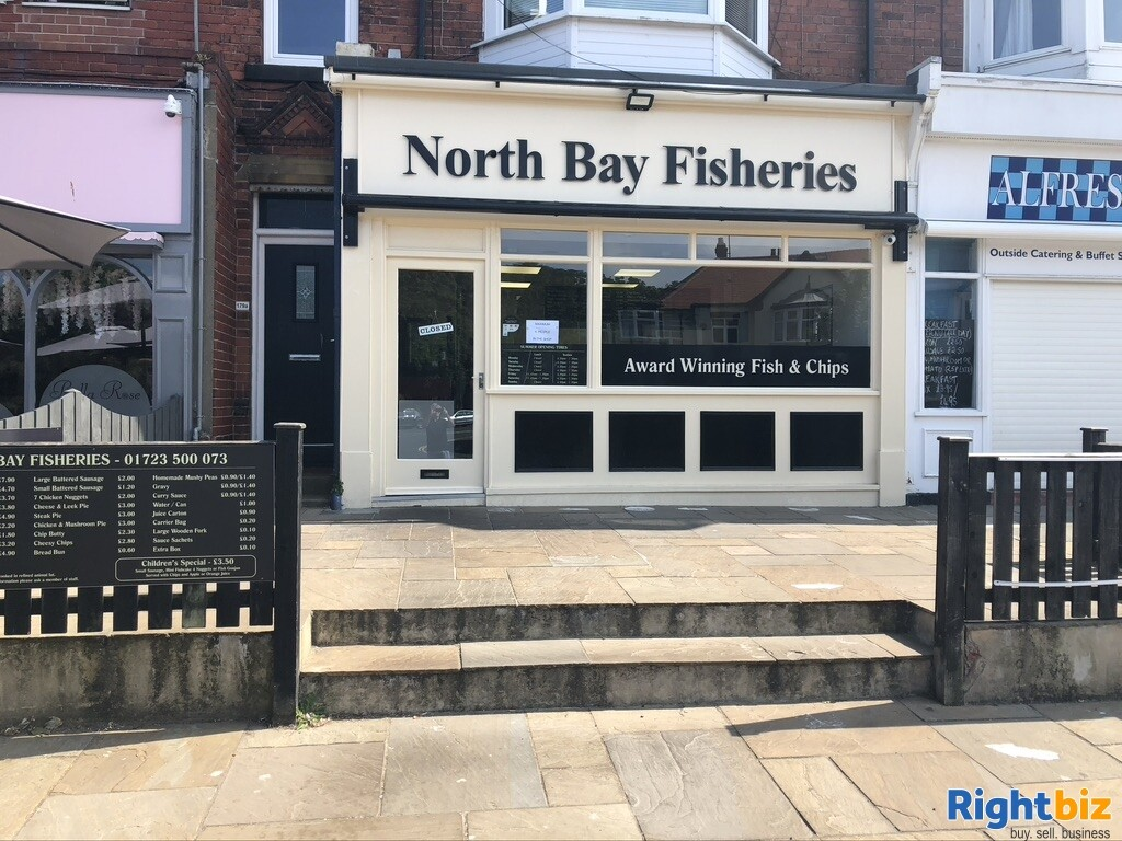 Great seaside fish and chip shop extremely busy - Image 1