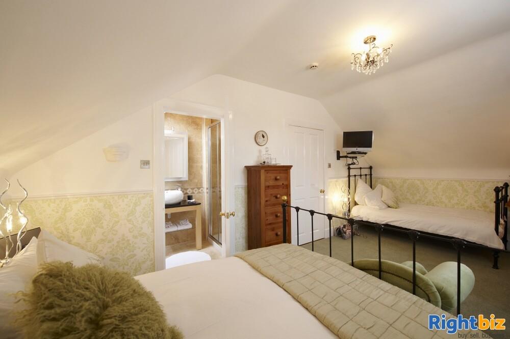 Exceptional Guest House set near Inverness City Centre - Image 10
