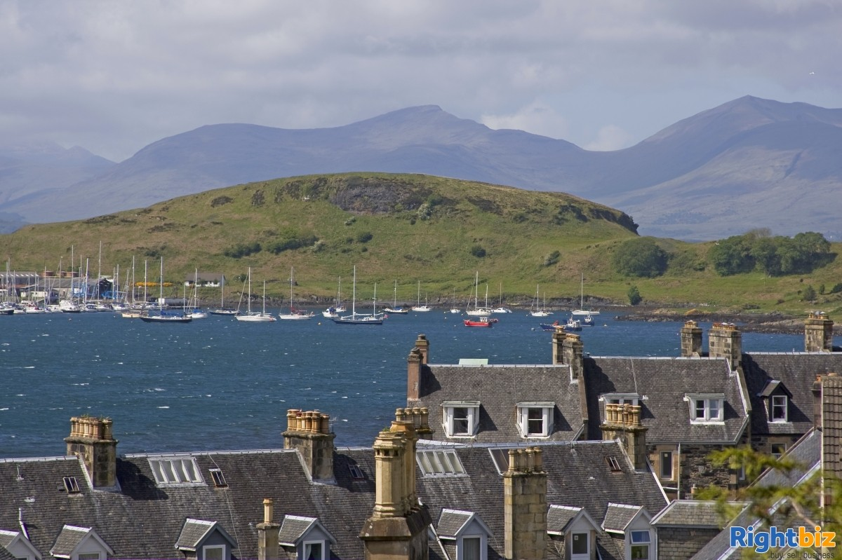 Charming Victorian Guest House for Sale in the Heart of the thriving tourist town of Oban - Image 10