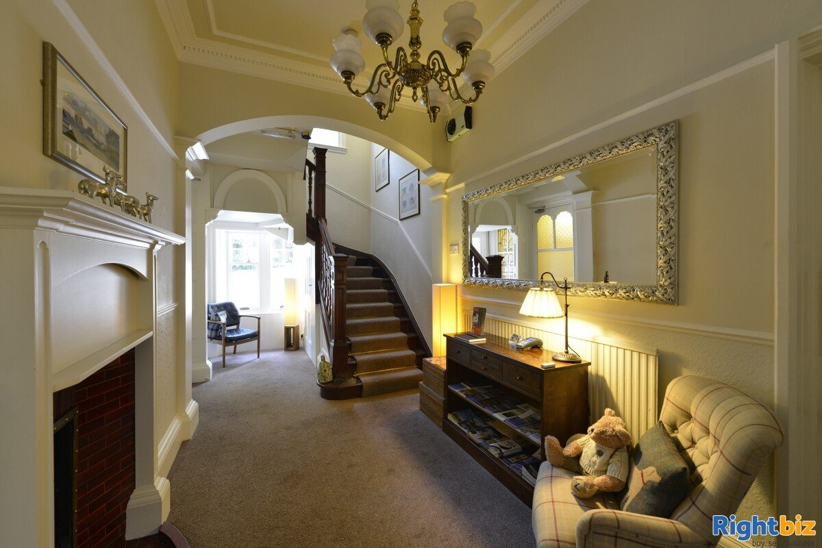 4-star gold bed & breakfast operation that sits peacefully within the picturesque highland town - Image 10