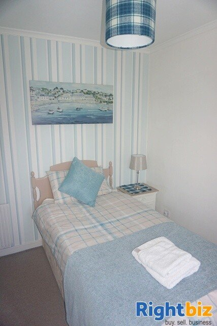 Excellent 6-Bedroom Bed & Breakfast plus Self-Catering Accommodation in Stornoway - Image 10
