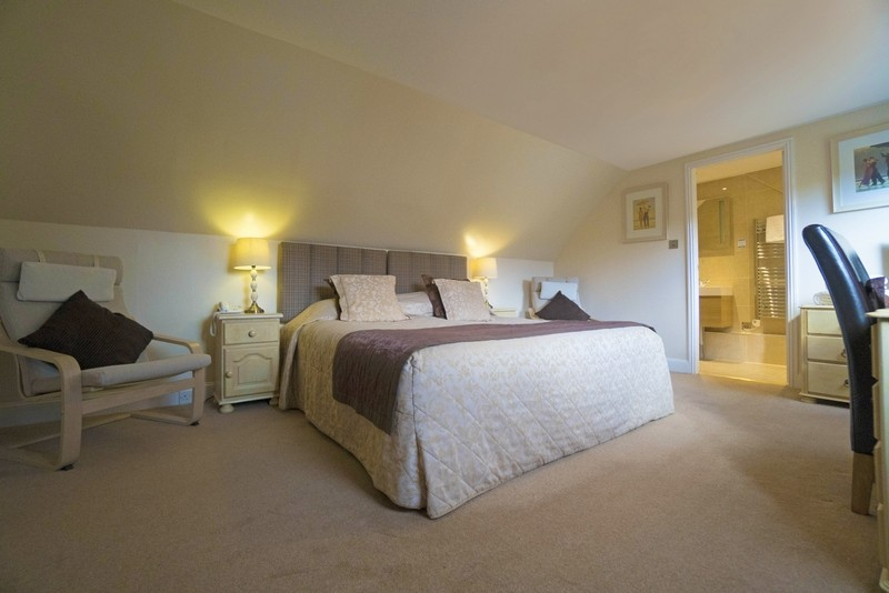 Outstanding 10-Bedroom Hotel Set in Perthshire - Image 11