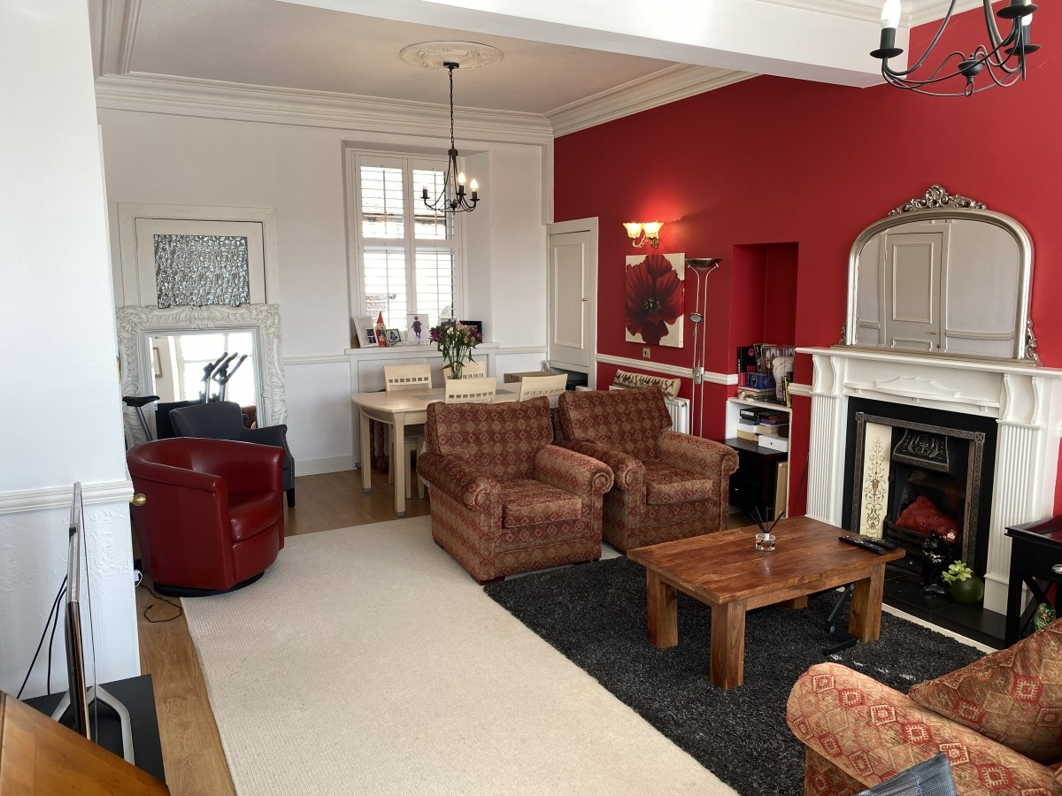 Guest House in the heart of Banchory with Airbnb Opportunity - Image 11