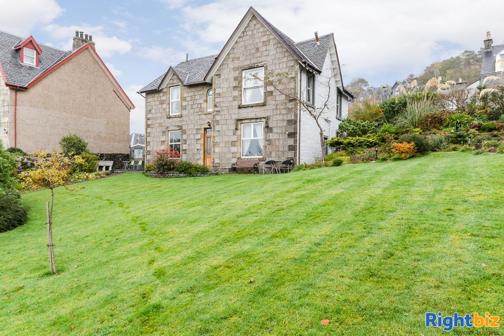 Charming Victorian Guest House for Sale in the Heart of the thriving tourist town of Oban - Image 11