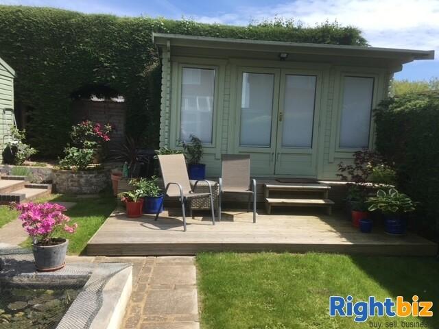 Modern Easily Managed Coastal Guest House - Lee-on-Solent - Image 11