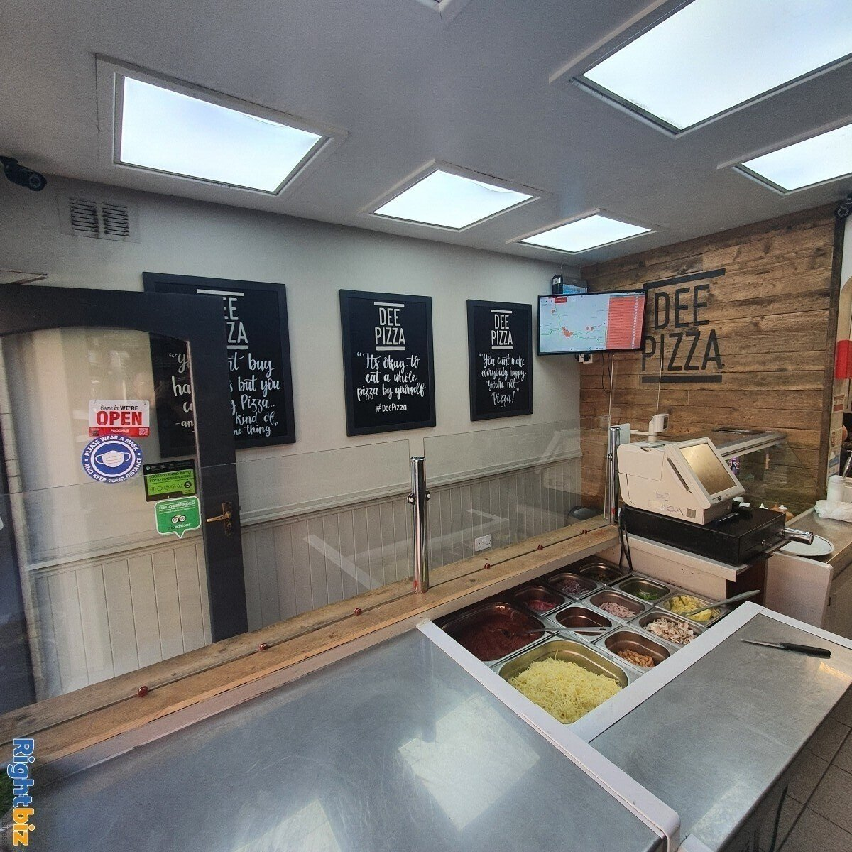 Fully Equipped Food Takeaway for Sale in LLangollen Town Centre, Refubrished and Decorated - Image 11