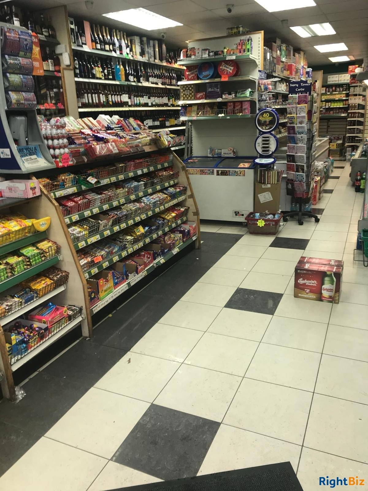 Convenient Store For sale in London Leasehold  - Image 12