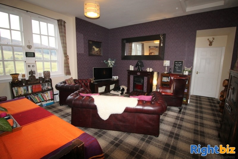 Outstanding 6-Bedroom Guest House near Pitlochry - Image 12