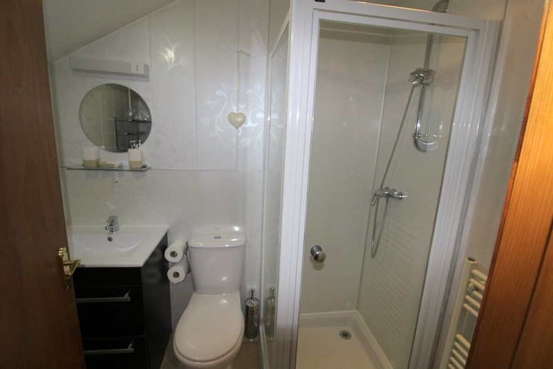 Modern Bed & Breakfast set in the City of Inverness - Image 13