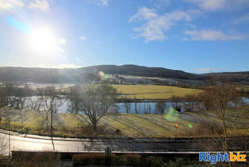 Outstanding 6-Bedroom Guest House near Pitlochry - Image 13