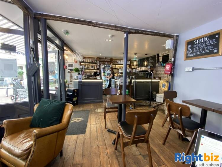 Recently Fitted Café/Bar in Historic and Busy Town Centre Location - Image 13
