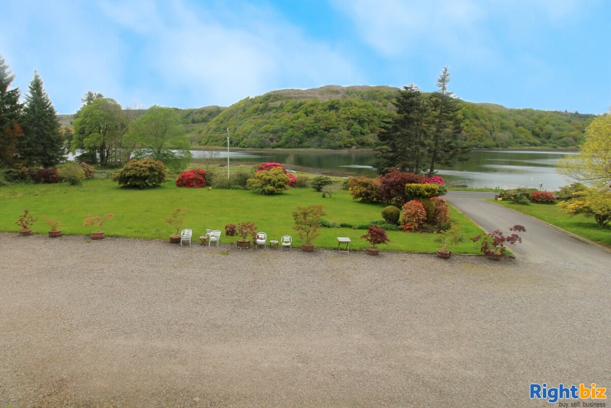 Spectacular 18-Bedroom Hotel within Beautiful Loch-Side Setting, near Oban - Image 14