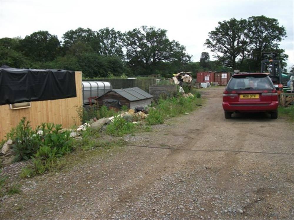 Garden Centre - Sherfield-on-Lodden - Image 15