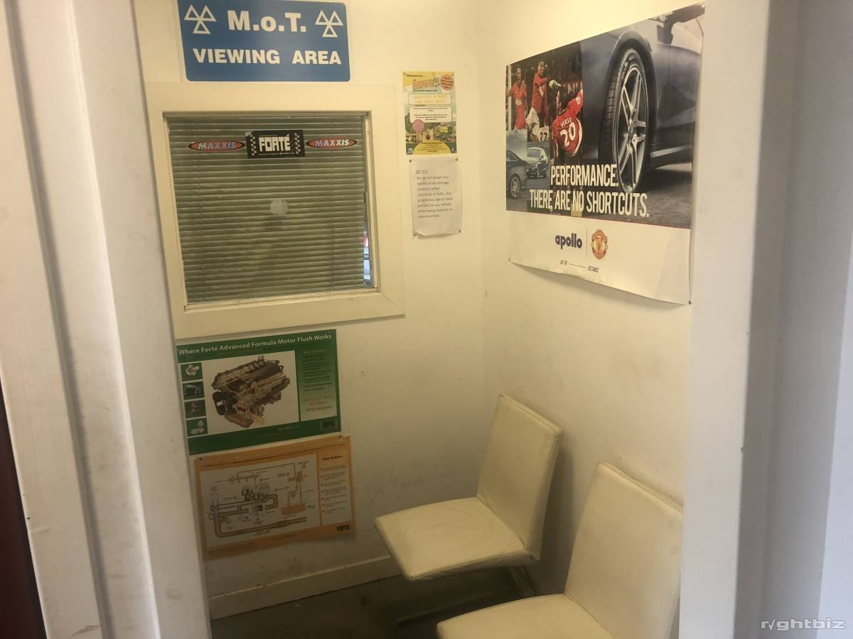 MOT STATION.CAR GARAGE /WORKSHOP.VEHICLE REPAIRS BUSINESS.BATHGATE.WESTLOTHIAN.SCOTLAND - Image 15