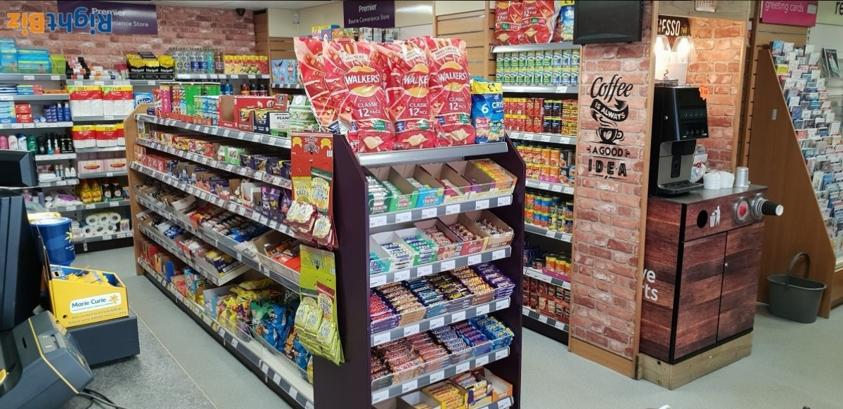 PREMIER STORES - Profitable convenience store with off licence, weekly turnover £7K - Image 15